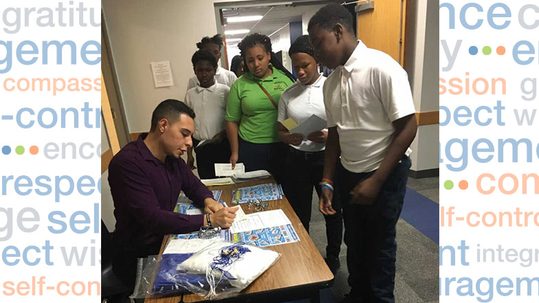 Students ordering graduation rings